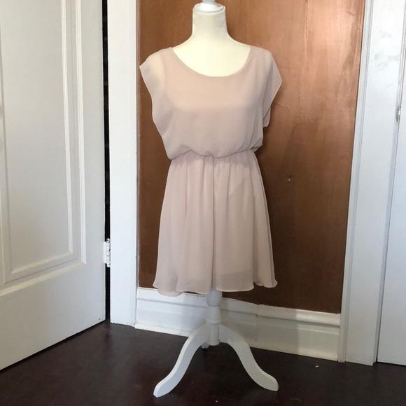 320e7a4bb2d45 Lush Dresses & Skirts - 🔥5/25 sale🔥Lush cinched waist cream dress